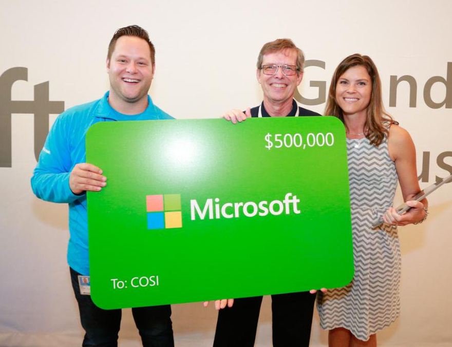 Microsoft at Easton Town Center Honors COSI at Grand Opening